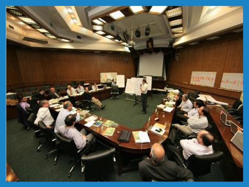 سالن های مرکز مطالعات و بهره وری منابع انسانی سازمان مدیریت صنعتی